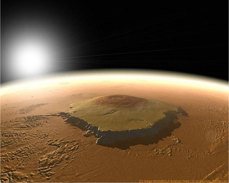 El Monte Olimpo es el volcán más grande de todo el Sistema Solar (NASA)