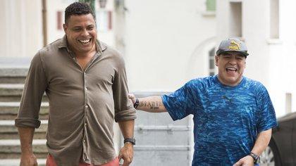 Ronaldo y Maradona tienen una gran relación de cariño (EFE)