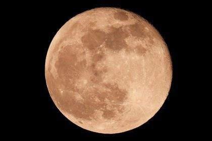Estados Unidos fue el primer país en poner a un hombre en la Luna (REUTERS/Jon Nazca)