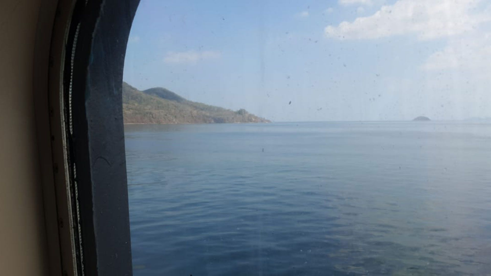 La vista desde uno de los camarotes que se encuentra atracado en las costas de Panamá
