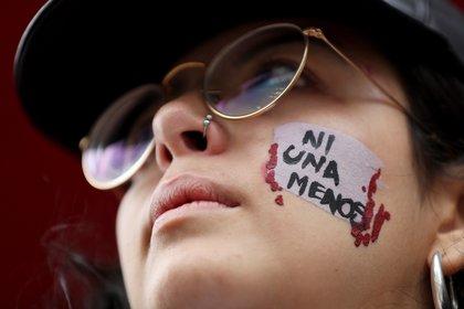 El informe advierte que durante la pandemia se produjo un crecimiento de llamadas a servicios de emergencias sobre situaciones de violencia física y sexual (Foto: EFE/ José Jácome)