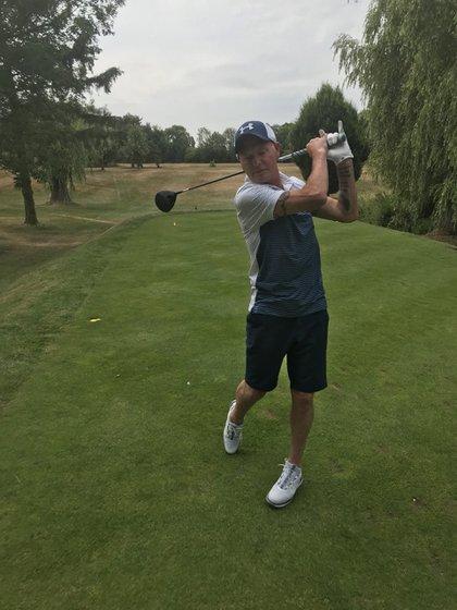 Saludable y haciendo deporte, la nueva cara de Paul Gascoigne (Twitter: @Paul_Gascoigne8)