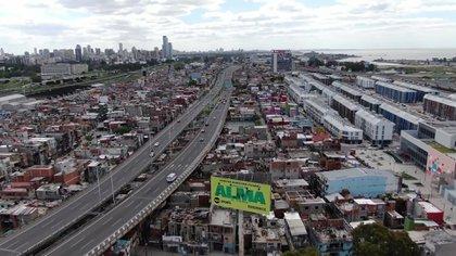 El Barrio 31 tiene pasos angostos que impide el ingreso de camiones para descargar productos a los nuevos emprendedores