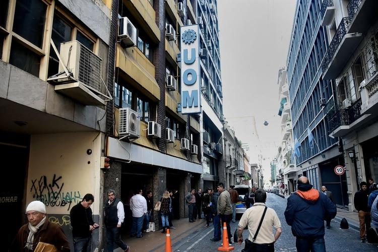 Las negociaciones de la UOM y los empresarios se hacen por videollamada