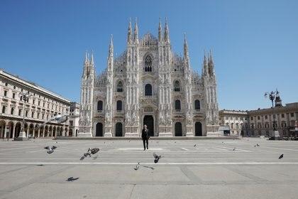 Bocelli durante el concierto frente al Duomo de Milán (Luca Rossetti/Sugar Srl/Decca Records via REUTERS)