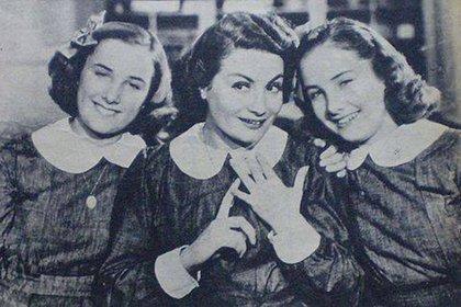 """Una escena de """"Hay que educar a Niní"""", con Goldy y Mirtha Legand y Niní Marshall"""