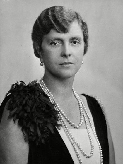 Alicia era bisnieta de la reina Victoria de Inglaterra y terminó siendo la suegra de la actual reina Isabel II (Shutterstock)
