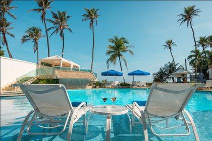 Otra de las actividades de los hoteles para su reactivación es poder hacer eventos al aire libre. En la foto la piscina del hotel Dann en Cartagena. Foto: Cortesía Hoteles Dann Carlon.