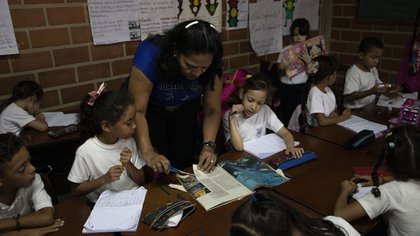 Otra mamá que da clases en la escuela Virgen Niña