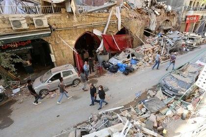 Fuentes de la gobernación de Beirut estimaban hace dos días los desaparecidos en un centenar (REUTERS/Aziz Taher)