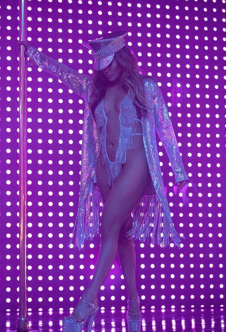 """Jennifer López estrenó """"Hustlers"""",la película donde se pone en la piel de una stripper, y gracias a su talentoso trabajopodría dar su primer premio Oscar como mejor actriz. Aunque este filme no le gustó a todos ya que en Malasia fue censurado por ser """"demasiado obsceno"""" (Foto: AP)"""