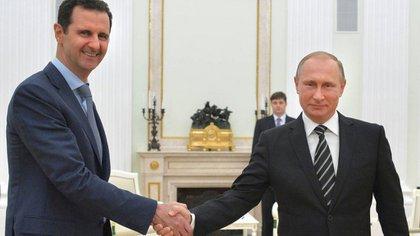 Vladimir Putin y Bashar al Assad (AP)