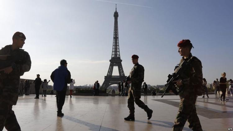 Operativo de seguridad en París