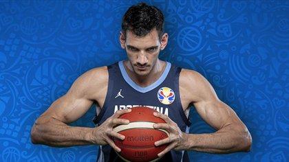 Tayavek Gallizi le aportó opciones en defensa a Oveja Hernández (Foto: FIBA)