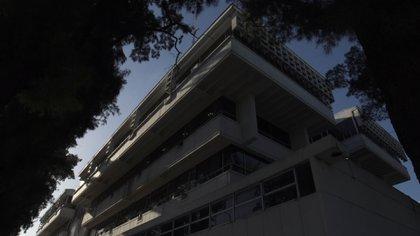 El centro cívico de Tres de Febrero, proyectado en 1967 por la cordobesa Odilia Suárez, referente clave del urbanismo latinoamericano