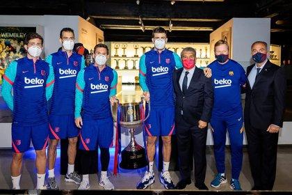 Los futbolistas de Barcelona se reunieron con el presidente y le preguntaron por la Superliga europea