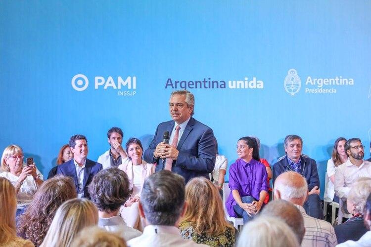 El presidente Alberto Fernández, ayer, durante un acto en Quilmes