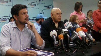 Carlos Ocariz y Jesús Torrealba, dirigentes de la MUD