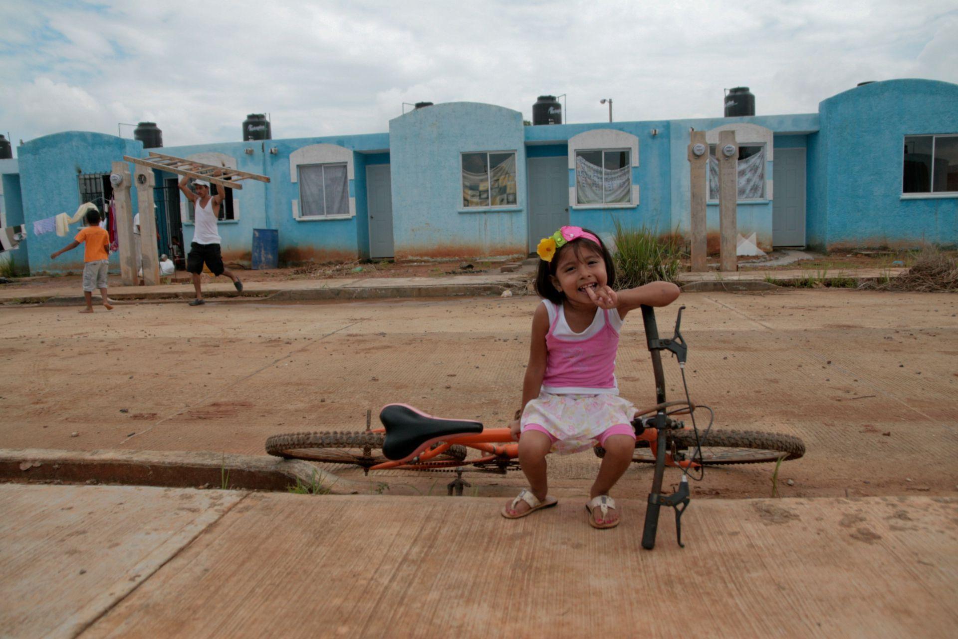 El programa tendrá como prioridad a las personas que habiten en zonas de población mayoritariamente indígena y afromexicana, zonas con mayor grado de marginación o zonas con altos índices de violencia (FOTO: MARCO POLO GUZMAN HERNANDEZ/CUARTOSCURO.COM)