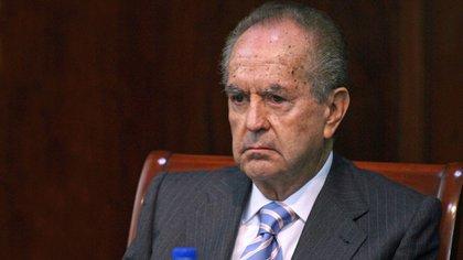 El empresario tiene 87 años y es el cuarto hombre más rico de México