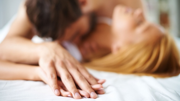 La hiposexualidad, así tenga una raíz física o emocional, es tratable. Lo importante es detectar el problema, ser sinceros con nuestra pareja y buscar la ayuda adecuada