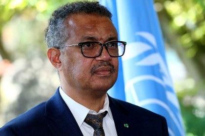 El director general de la Organización Mundial de la Salud (OMS), Tedros Adhanom Ghebreyesus, asiste a una conferencia de prensa en Ginebra, Suiza. 25 de junio, 2020. REUTERS/Denis Balibouse