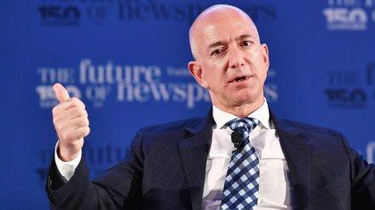 En la imagen, el fundador de Amazon, Jeff Bezos (EFE/Alessandro Di Marco/Archivo)