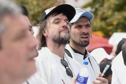 El Padre Pepe también estuvo presente en la manifestación frente a la Basílica de Luján (Nicolás Stulberg)