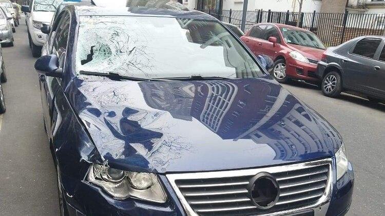 El auto que conducía Eugenio Veppo y que esta madrugada embistió a los agentes