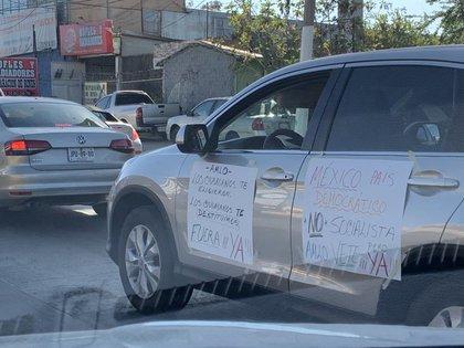 Varias ciudades de México se sumaron a las protestas a bordo de sus automóviles (Foto: Twitter)
