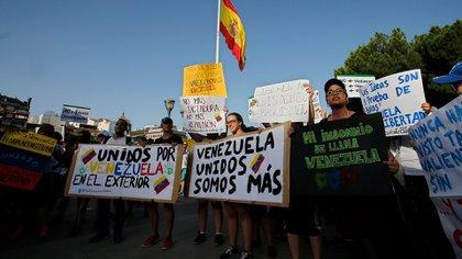 Venezolanos en España (AP)