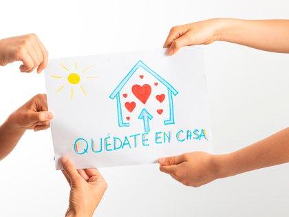 Marcas y organizaciones realizaron campañas para ayudar al personal de la salud (Shutterstock)