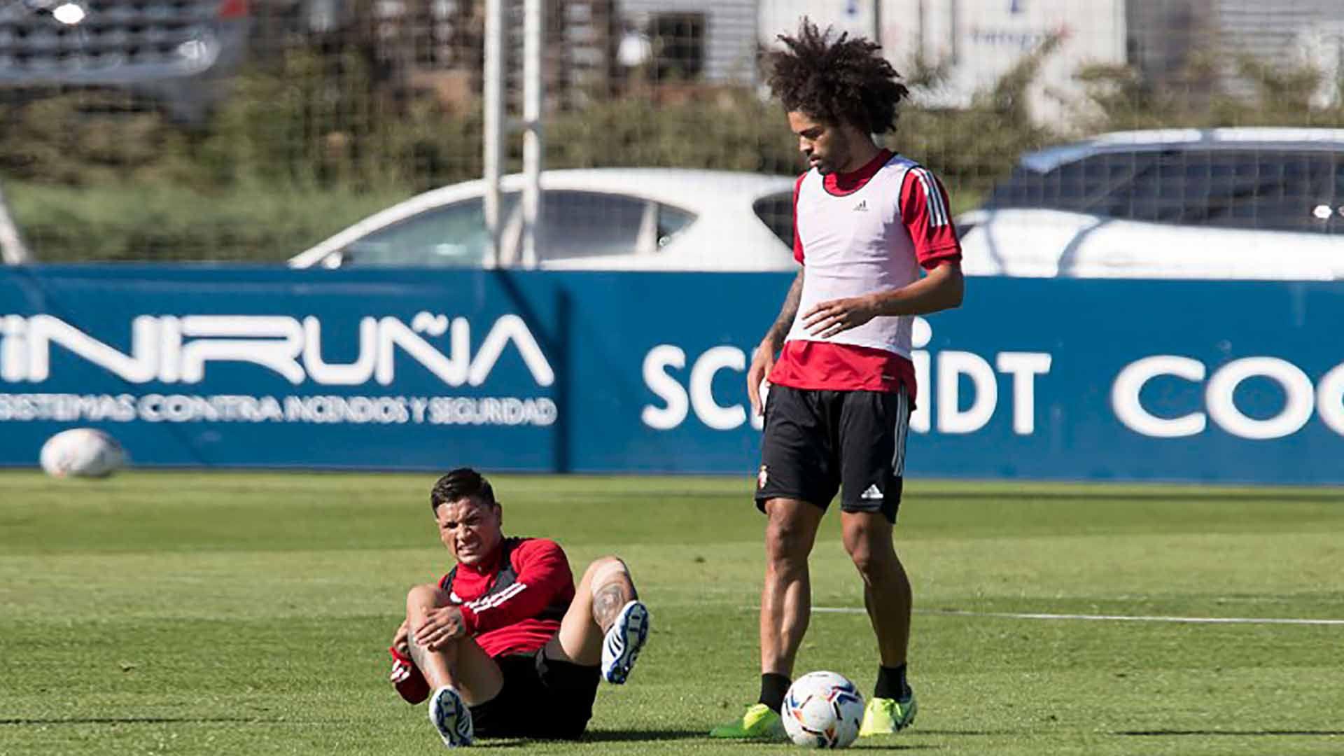 Chimy Ávila se rompió los ligamentos cruzados en el Osasuna