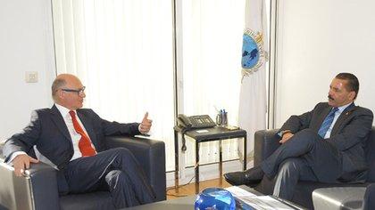 Héctor Timerman y Ronald Noble