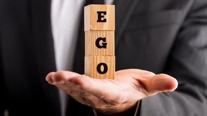 El ego elevado complica la vida tanto del que lo padece como de los que lo rodean (Getty)