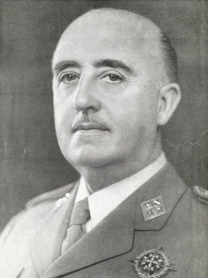 El dictador español Francisco Franco en sus primeros años como mandatario. (Wikipedia)