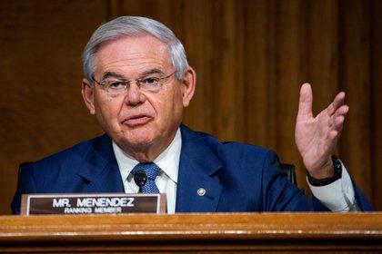 Bob Menendez, senador demócrata por Nueva Jersey (EFE/Jim Lo Scalzo)