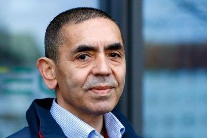 El CEO y cofundador de BioNTech, Ugur Sahin, en la sede de la empresa en Mainz, Alemania, 22 diciembre 2020. REUTERS/Ralph Orlowski/File Photo