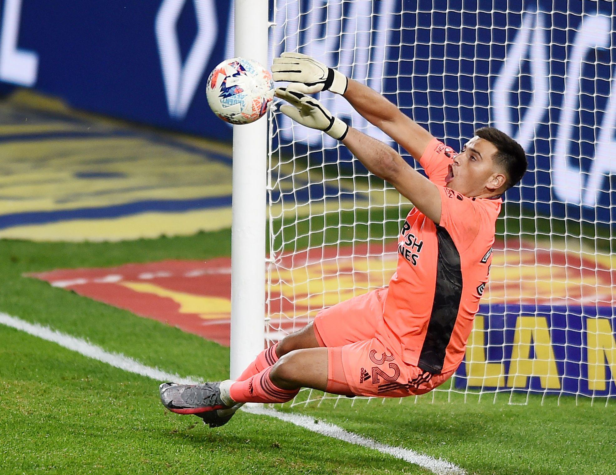 Alan Leonardo Díaz fue la figura de River ante Boca (REUTERS/Marcelo Endelli)