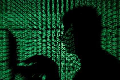 """Enríquez Herrera anunció que el gobierno federal ya está trabajando """"una propuesta"""" para abordar el tema de la ciberseguridad, aunque no brindó detalles (Foto: Kacper Pempel / Reuters)"""