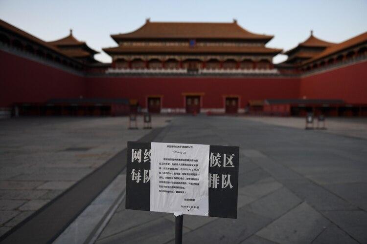 La Ciudad Prohibida, cerrada para evitar aglomeraciones, en plena temporada turística (AFP)