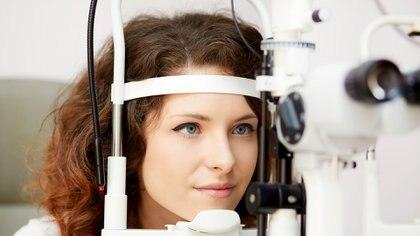 Existen varias enfermedades inmunológicas cuyo primer síntoma es el ojo seco (iStock)