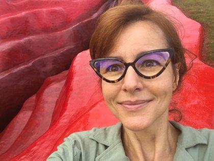 La artista forma parte de la segunda edición del Proyecto de Residencia Artísticas realizado por la Museo de Arte Moderno Aloisio Magallanes (MAMAM) y Usina de Arte (Foto: Facebook/Juliana Notari)