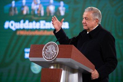 López Obrador, aseveró que otra meta de su gobierno es que también para marzo estén inmunizadas las personas mayores de 60 años (Foto: Cortesía Presidencia)