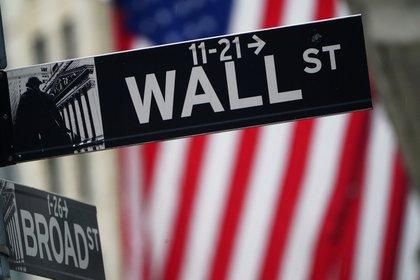 Mala respuesta de Wall Street a los anuncios del Gobierno