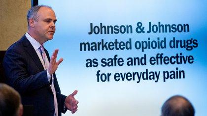 """""""El fiscal acusó a la empresa de promocionar als drogas como un método """"seguro y efectivo"""" contra el dolor diario (Reuters)"""