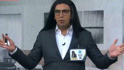 El presentador mexicano evidenció que los conductores del programa de Televisa descansaron este miércoles