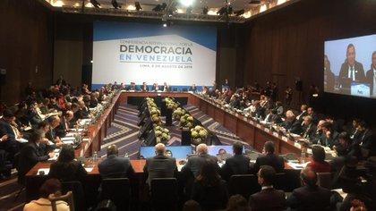La Conferencia por la Democracia en Venezuela se desarrolla en Perú