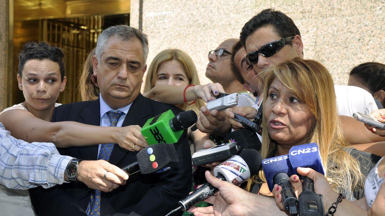 Miguel Calvete y Yolanda Durán, representantes de los comerciantes chinos, cuando negociaban con el gobierno de Mauricio Macri