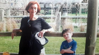 Hilda, with her great-grandson, Lautaro, who is now an actor
